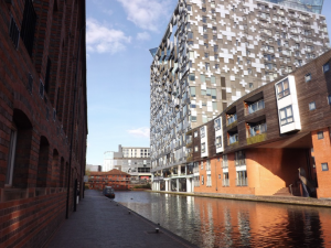an image of the canal in Birmingham